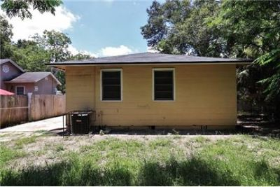 3 bedrooms Apartment in Quiet Building - Jacksonville. Pet OK!