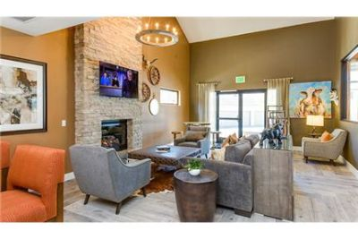 3 bedrooms Apartment - The offers luxurious California style living.