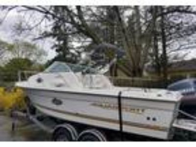 2002 Aquasport Explorer Power Boat in Islip Terrace, NY