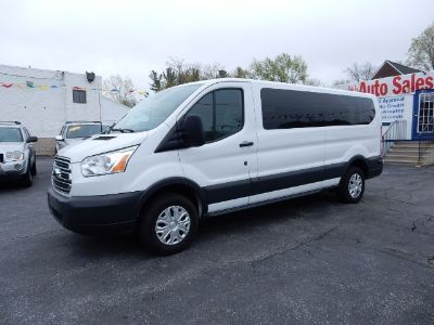 "2015 Ford Transit Wagon T-350 148"" Low Roof XLT Swing- (Oxford White)"