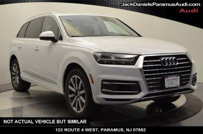 2019 Audi Q7 (glacier white metallic)
