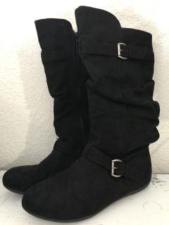 Girls boot size 4