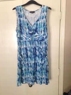 Women's large style& co dress with pockets!