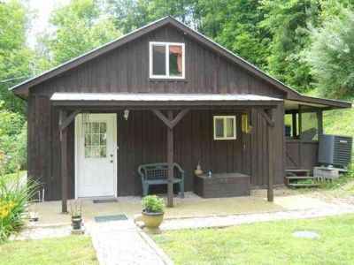 131 Skeen Cemetery Rd Wooton One BR, Secluded country cabin