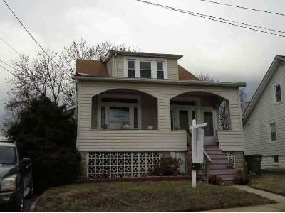 3 Bed 2 Bath Foreclosure Property in Baltimore, MD 21206 - Kavon Ave