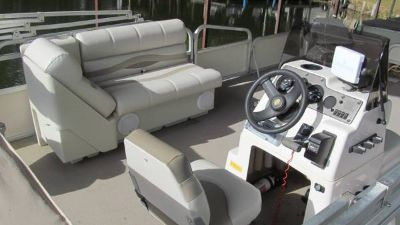 G3 pontoon, FOUR STROKE Yamaha 75hp