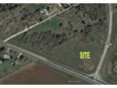 3.5 acres Land for sale