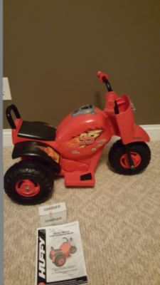 Disney cars trik battery ride on