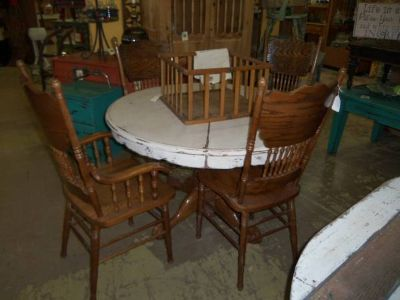 Table  Leaf with 6 Chairs