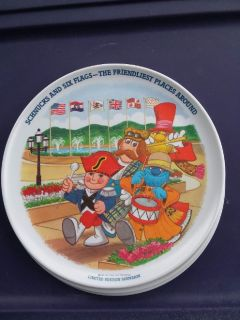 3 Vintage 1980 Limited Edition Souvenir Schnucks & Six Flags Plastic Plates