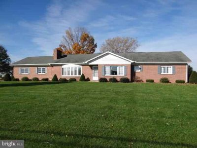 4141 Molly Pitcher Chambersburg Three BR, VERY WELL BUILT Custom