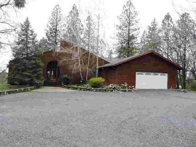481 Nob Hill Drive APPLEGATE Three BR, Beautifully maintained