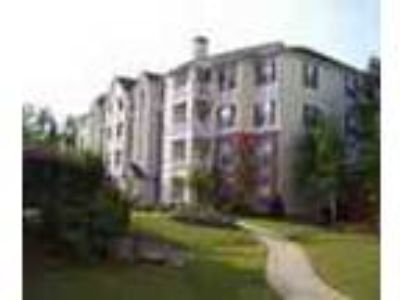 2bed2bath In Alpharetta Gym Tennis Pool Ac