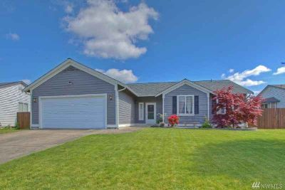21419 43rd Av Ct E Spanaway Three BR, Get ready to relax and