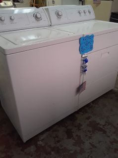 Whirlpool Washer & Dryer Set