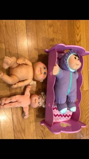 Cabbage patch kids and bed