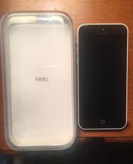IPhone 5c white - like new condition w/original packaging and Speck case