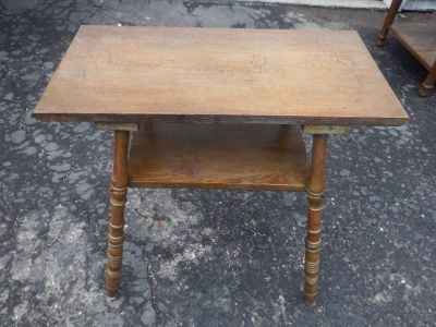 PRIMITIVE LOOKING ALL WOOD SIDE/END TABLE