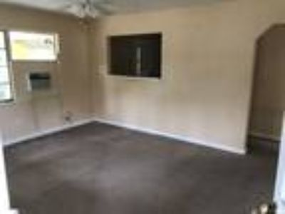 2/1 Home for Rent
