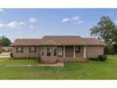 Enterprise Real Estate Home for Sale. $149,990 3bd/Two BA. - Ketena Reichbaum of