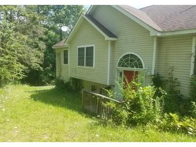 3 Bed 2 Bath Foreclosure Property in Rosendale, NY 12472 - Grist Ml Road