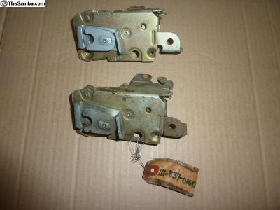 NOS VW Right side door lock Type I 67 Only