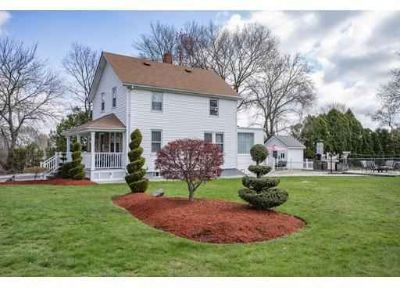 16 Boyd Ave EAST PROVIDENCE Three BR, Welcome to Kent Heights.
