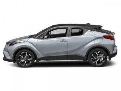 2019 Toyota C-HR XLE (Silver Knockout Metallic W/Black Roof)