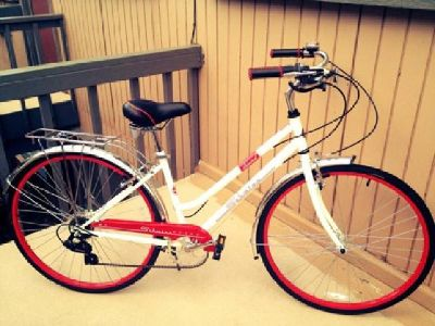 $150 OBO Women's Schwinn Admiral Cruiser Bike