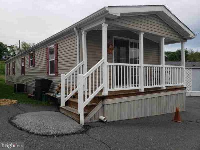 7 Pleasant Hill Ave AKRON, Well Maintained Three BR