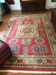 7x10 Serapi Collection Area Rug from Amazon