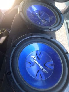 10 inch pioneer subs & Alpine head unit