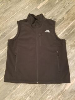 North Face vest (New without tags)