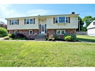 3 Bed 3 Bath Foreclosure Property in New Haven, CT 06513 - Essex St