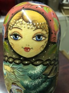 Russian Nesting Doll with 8 Ornaments