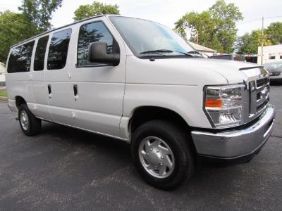 2013 Ford E-350 E-350 SD XL (Oxford White)