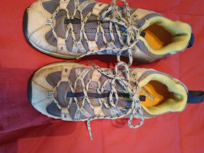 Women's Merrell tennis shoes 8.0 great condition
