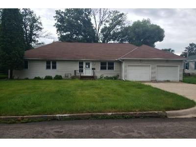 5 Bed 2.5 Bath Foreclosure Property in Aitkin, MN 56431 - 1st St SE