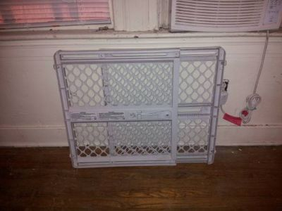 Dog gate-good condition