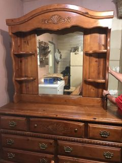 Dresser With Mirror & Full/Queen Matching Head Board With Rails. Got Some Scratches. All Drawers Work Fine. $150.00 OBO MUST PICK UP