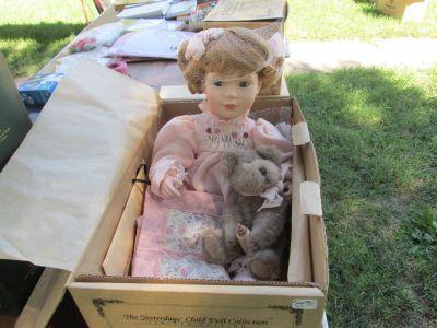 Cheryl & Ashlie...Nightly Night, Boyds Collectible doll