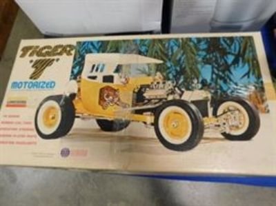 Consignment Estate Collectible Auction