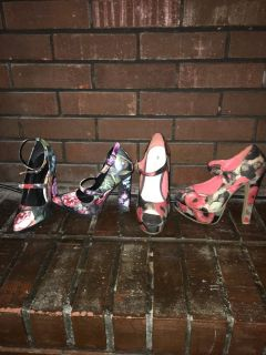 Dark floral Mary Jane strap heels sz 7.5 6.5 peep toe pumps