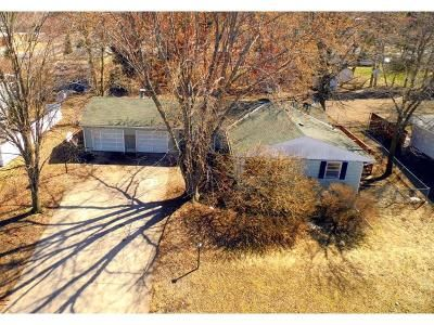 3 Bed 3 Bath Foreclosure Property in Cambridge, MN 55008 - 5th Ave NW
