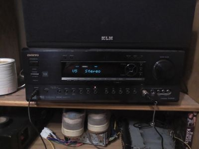 400 watt Onkyo receiver and remote 12 inch cerwin Vega subs and surroud speakers