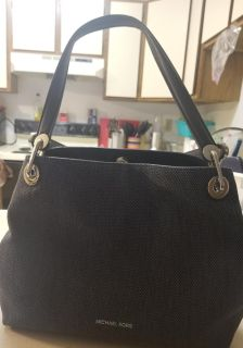 Brand new Michael kors purse with tag still on