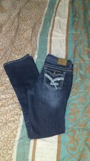 Women's size. 11 Amethysts jeans. Like new excellent condition no hold sells first to. Meet