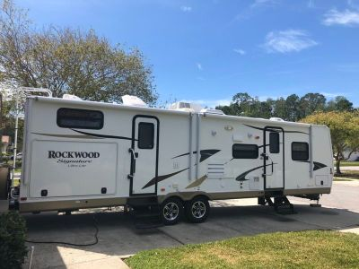 2013 Forest River Rockwood Signature Ultra Lite 8312SS