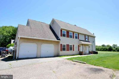 133 Willow Turn Mount Laurel Township, Clean and neutral (3)
