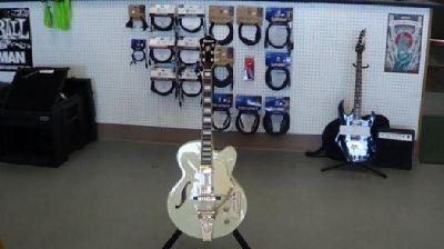 $399 OBO Ibanez Articore model AF75TDG Guitar